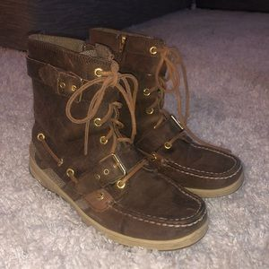 High top brown sperrys